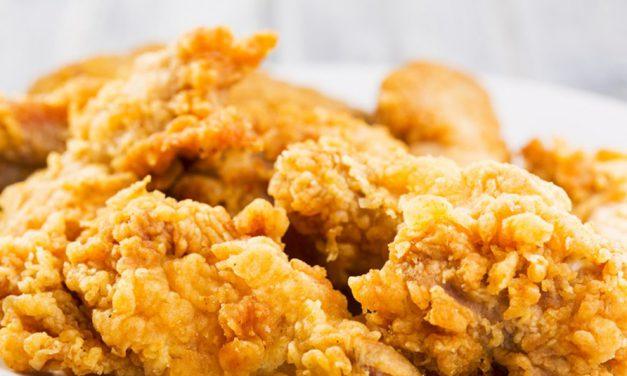 """Tajne rozmowy KFC zdostawcami """"mięsa zroślin"""""""